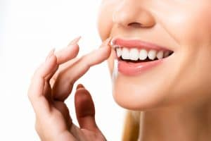 repairing smiles with dental bonding